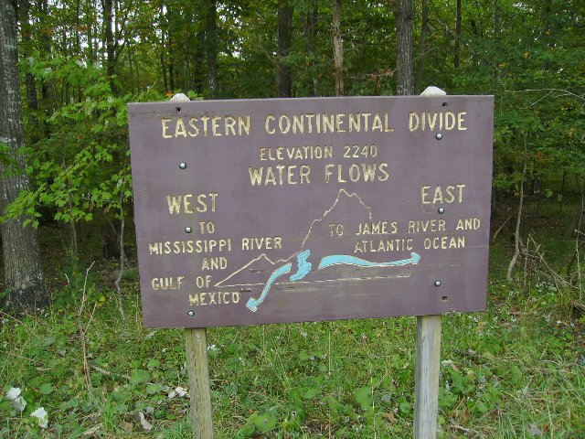 Eastern Continental Divide Sign